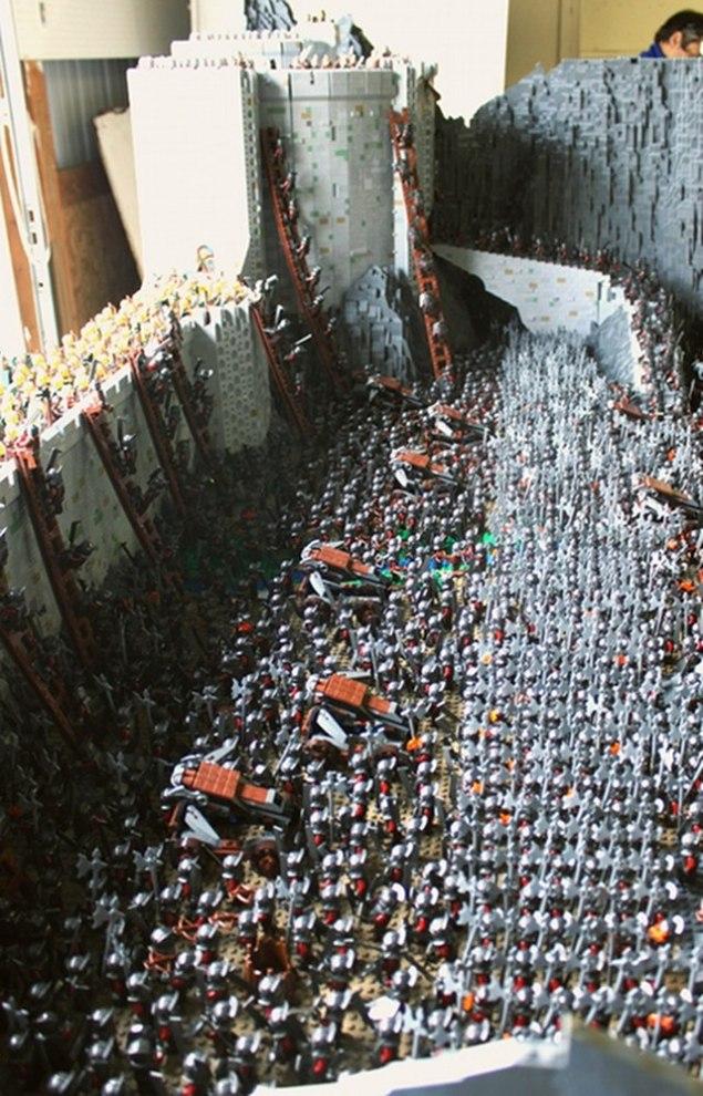 lego-helms-deep-10