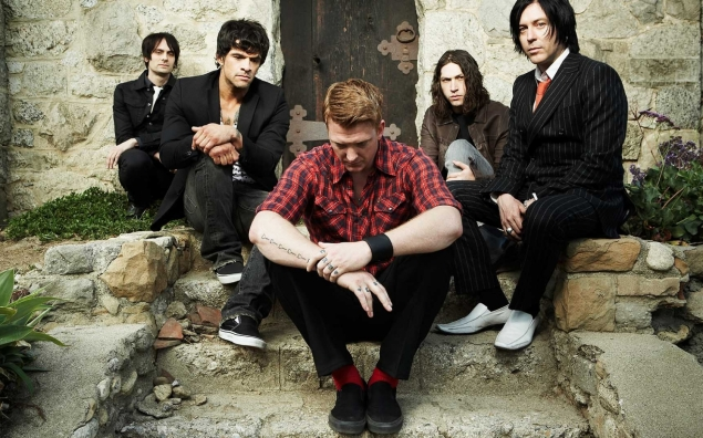 queens_of_the_stone_age_band_clothes_socks_red_7807_1680x1050